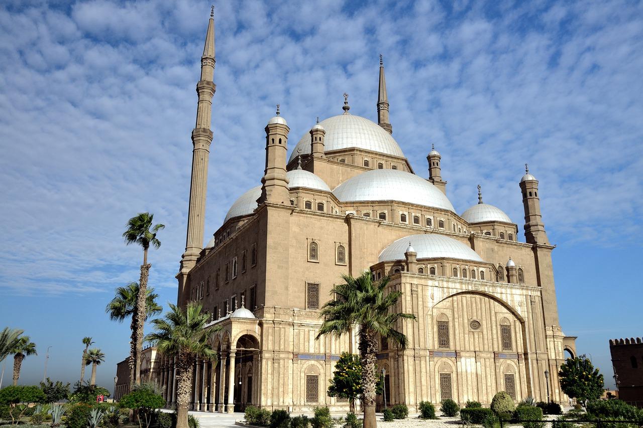 hoca alim ulema medrese kitap kuran islam